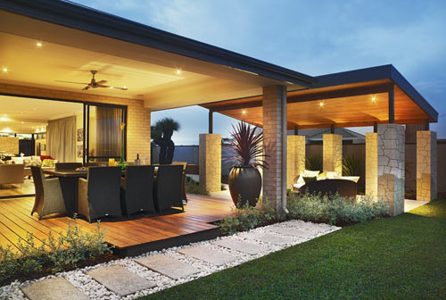 Residential landscaping perth home gardens landscape for Gardening services adelaide